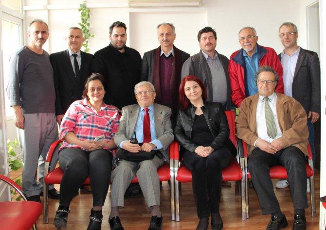 Aydın Gazeteciler Cemiyeti'nin yeni yönetimi ilk toplantısını yaptı