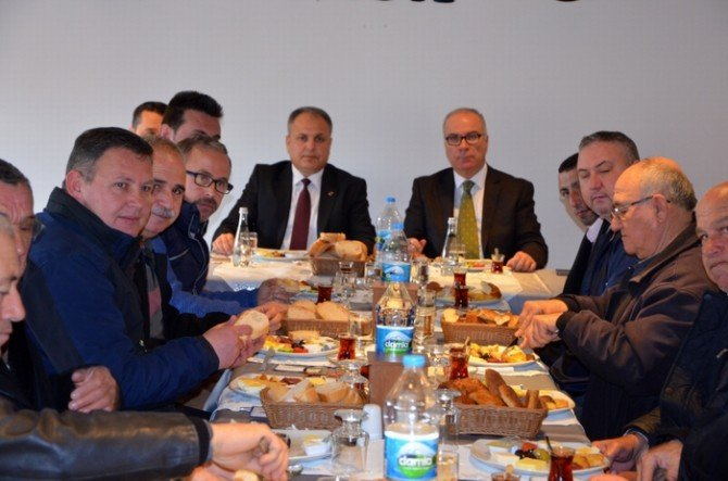 Başkan Hacı Taksicilerle Kahvaltıda Buluştu