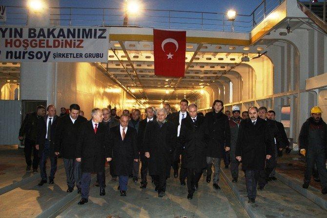 Bakanlar, Türkiye'nin En Büyük Feribotunu İnceledi
