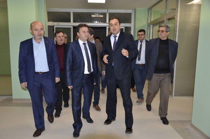 Başkan Uçar, Hastane Binasını İnceledi