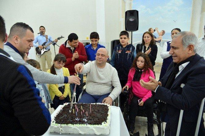 Engelli Ve Yaşlılar Hep Birlikte Eğlendi