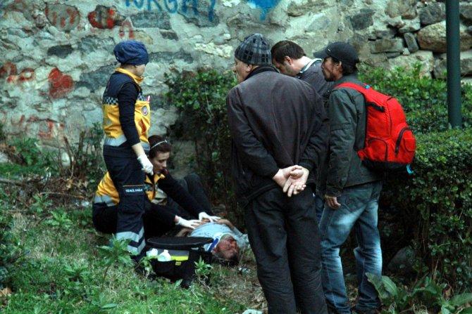 Köprüden düşüp, ağır yaralandı