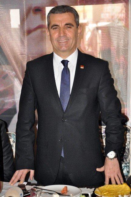 CHP, İsminin HDP İle Anılmasından Rahatsızlık Duyduğunu Açıkladı
