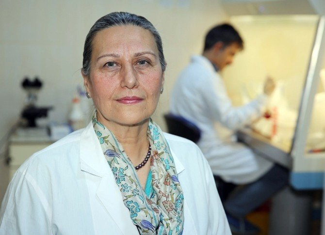 ÇÜ'de Bilim İnsanları Yapay Kan Üretti