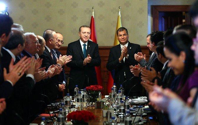 """Erdoğan: """"Halep'ten Yaklaşık 10 Bin Kişi Türkiye'ye Geçmek Üzere Sınırda Bekliyor"""""""