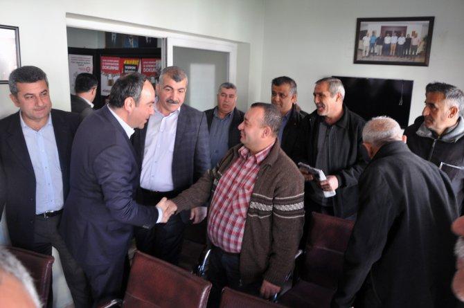 CHP Milletvekili Tümer belediye işçileriyle bir araya geldi