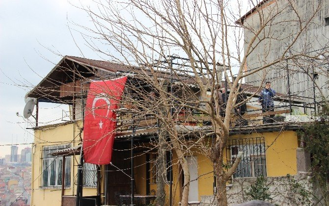 CHP Lideri Kılıçdaroğlu'ndan Şehit Ailesine Taziye Ziyareti