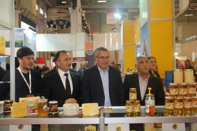 (EMITT) Doğu Akdeniz Uluslararası Turizm Ve Seyahat Fuarında Ardahan Tanıtıldı