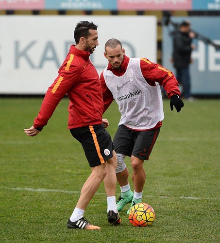 Galatasaray'da Torku Konyaspor maçı hazırlıkları sürüyor