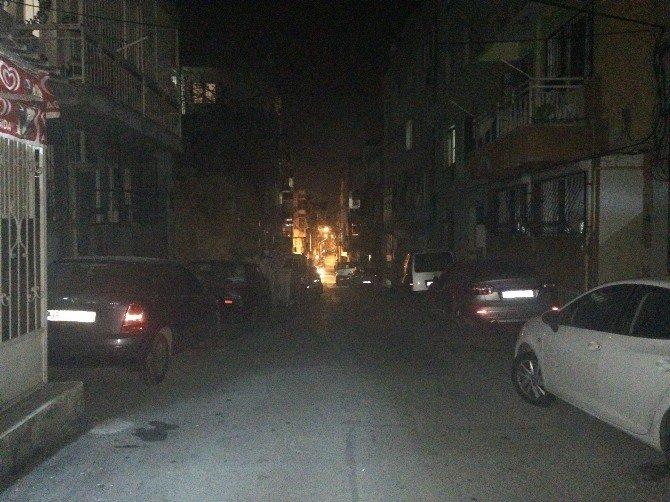 Karanlığa Gömülen Sokakta Hırsızlık Ve Sözlü Taciz İddiası
