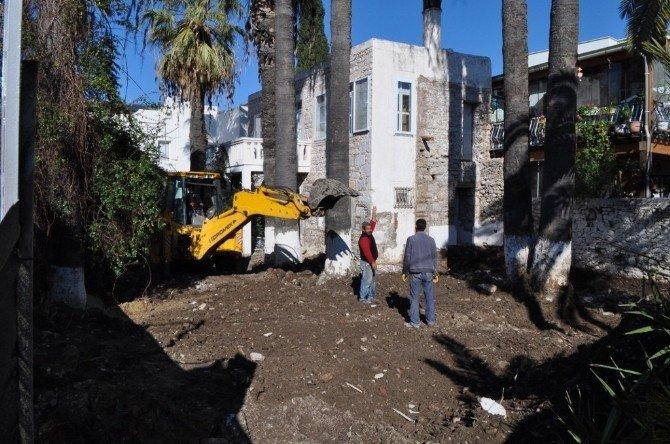 Neyzen Tevfik'in Evinde Restorasyon Başladı