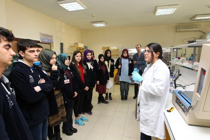 41 Genç 41 Gelecek Öğrencileri GTÜ'yü Gezdi