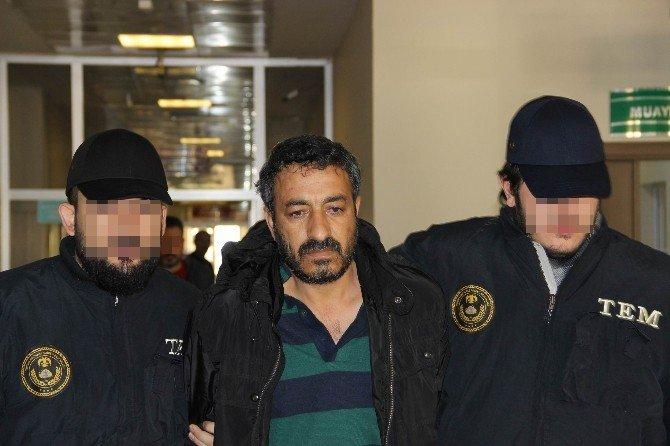 Terör Örgütü Yöneticisi Ve Kuryesi Sağlık Kontrolünden Geçirilip Adliyeye Sevk Edildi