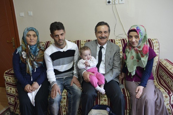 Başkan Ataç'ın 'Hoş Geldin Bebek' Ziyaretleri Sürüyor