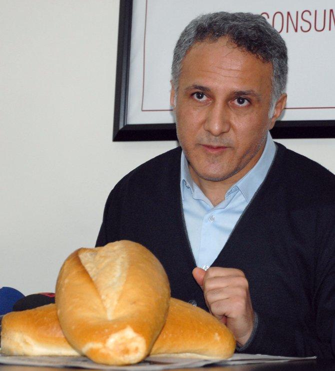"""""""Fiyat ucuzladıkça hamur ekmek yiyoruz"""""""