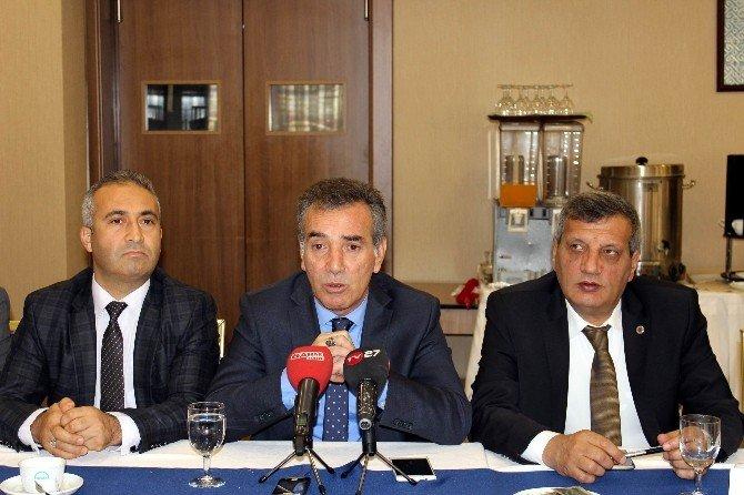 Türk Ulaşım-sen Genel Başkanı Şerafettin Deniz Gaziantep'te