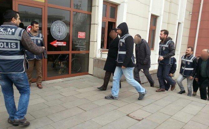 Düzce Merkezli Fetö/pdy Operasyonunda Gözaltına Alınan 13 Kişi Adliyeye Sevk Edildi