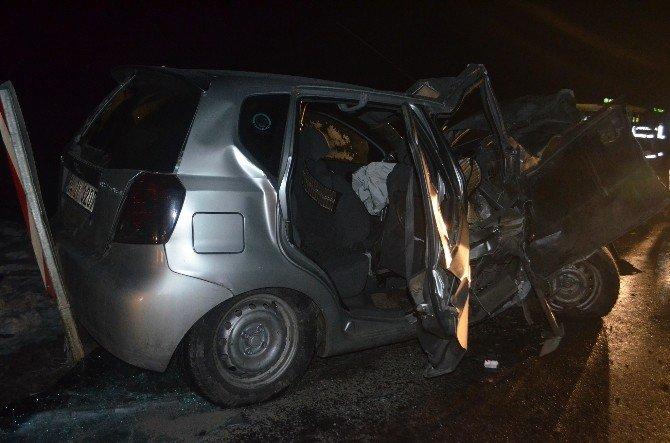 Bingöl'de Trafik Kazası: 1 Ölü, 4 Yaralı