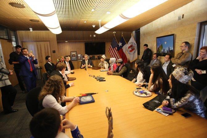 Festival çocukları, Teksas Meclisi'nde konser verdi