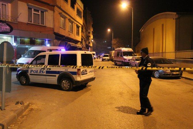 Boşanacağı eşinin evini basıp kurşun yağdırdı: 4 ölü, 2 yaralı