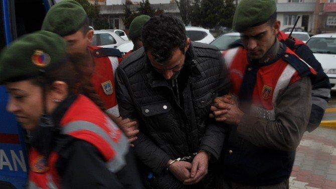 Taksici Cinayeti Zanlısı 10 Sene Sonra Ehliyet İçin Parmak İzi Verince Yakalandı