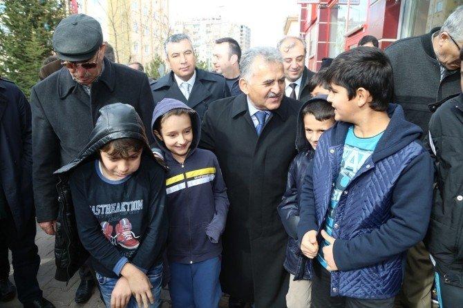 Başkan Büyükkılıç İldem Cumhuriyet Mahalle Halkı İle Buluştu