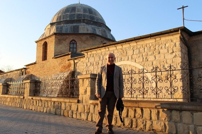 Prof. Dr. Ahmet Şimşirgil, Battalgazi İlçesinde Bulunan Tarihi Mekanları Gezdi