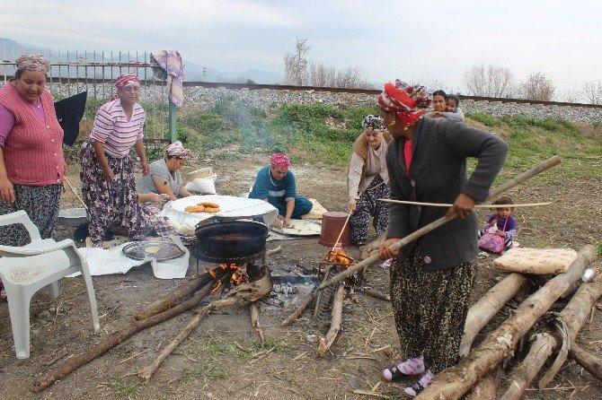 Çin Mallarına Yenik Düşen Roman Kadınlar Yeni Meslek Arayışına Girdi