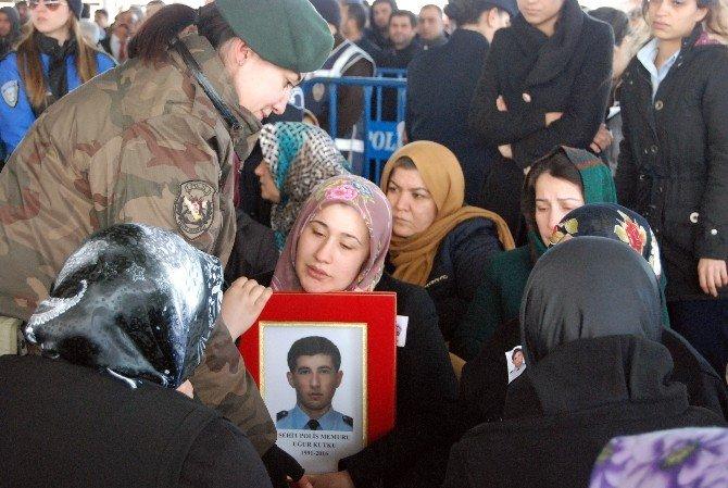 Gaziantep Şehidini Gözyaşlarıyla Uğurladı
