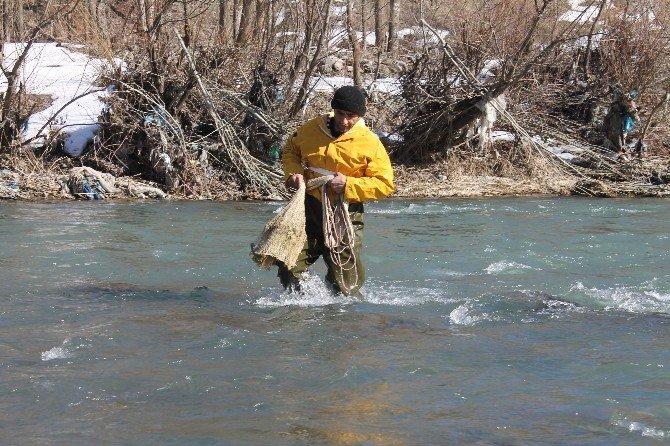 Eksi 20 Derecede Balık Avı