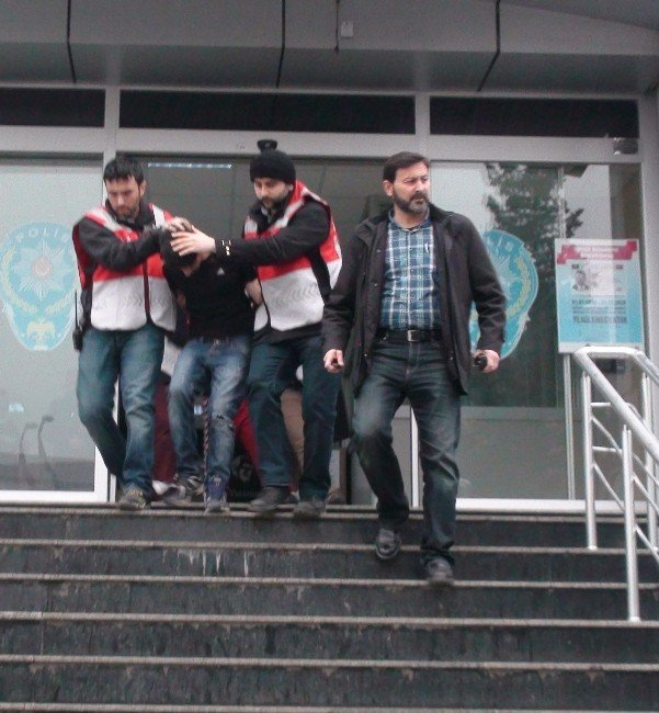 Sultanbeyli'deki Patlamayla İlgili 2 Kişi Gözaltına Alındı