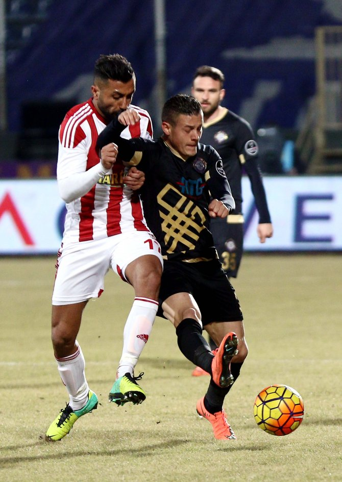 Osmanlıspor: 2 - Medicana Sivasspor: 0 (İlk yarı)