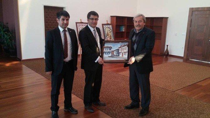 """Başkan Şahin'den Rektör Taş'a """"Hayırlı Olsun"""" Ziyareti"""