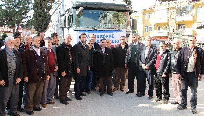 Bayır Bucak Türkmenleri İçin 3 Tır Yola Çıktı