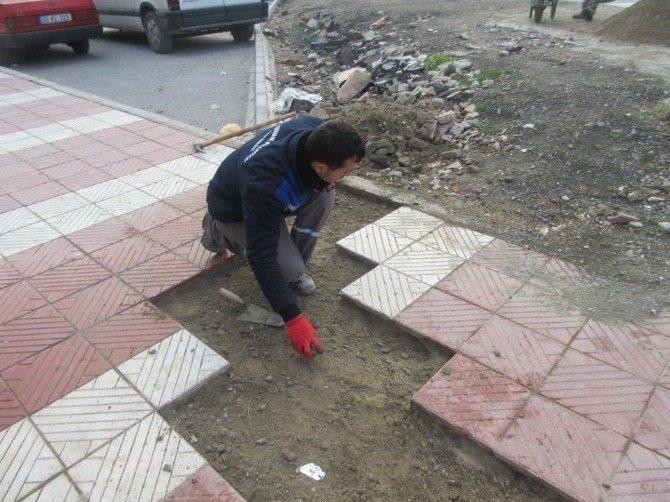 Ayn-ı Ali Mahallesi'nin Yolları Düzeliyor