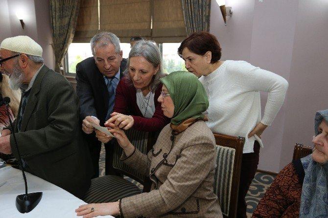 Bakan Ramazanoğlu 45 Yıl Sonra İlkokul Arkadaşlarıyla Buluştu