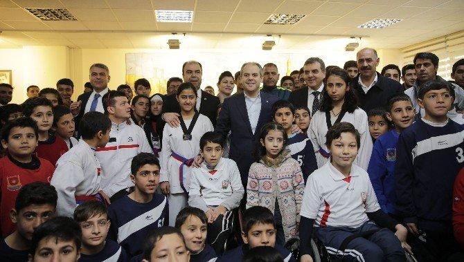 Gençlik Ve Spor Bakanı Akif Çağatay Kılıç, Şanlıurfa'da