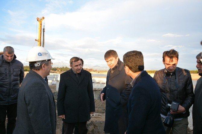 Başkan Türel Aksu Çayı Tehneli Köprü İnşaatını İnceledi
