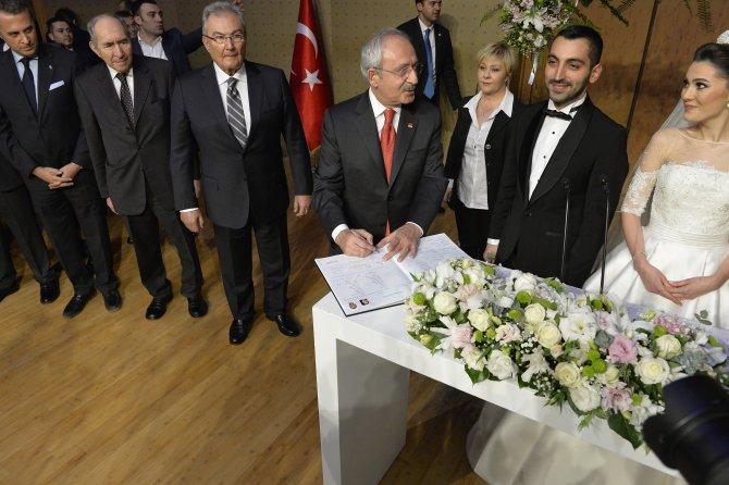 Kılıçdaroğlu, Gürsel Tekin'in oğluna şahitlik yaptı