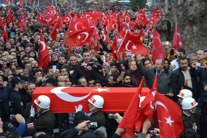 Trabzonlu şehit astsubay, ebediyete uğurlandı