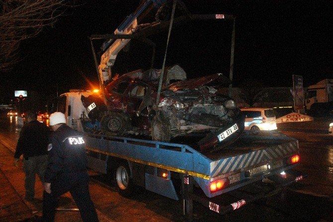 Konya'daki Trafik Kazasında Ölü Sayısı 2 Oldu