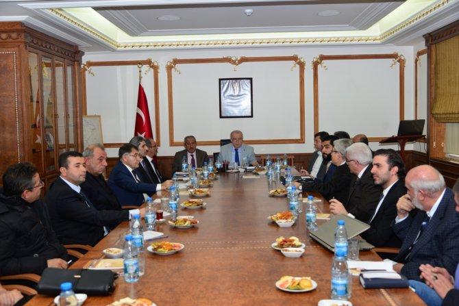 İşadamlarına Kırşehir'de yatırım avantajları anlatıldı