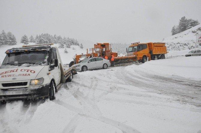 Seydişehir - Antalya Yolunda Ulaşıma Kar Engeli