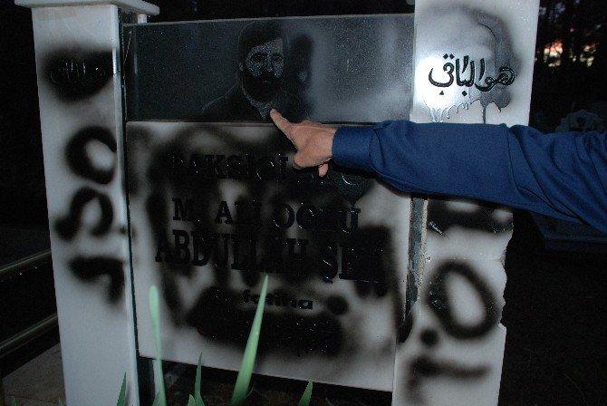 Manavgat'ta Mezar Taşı Tahribatı