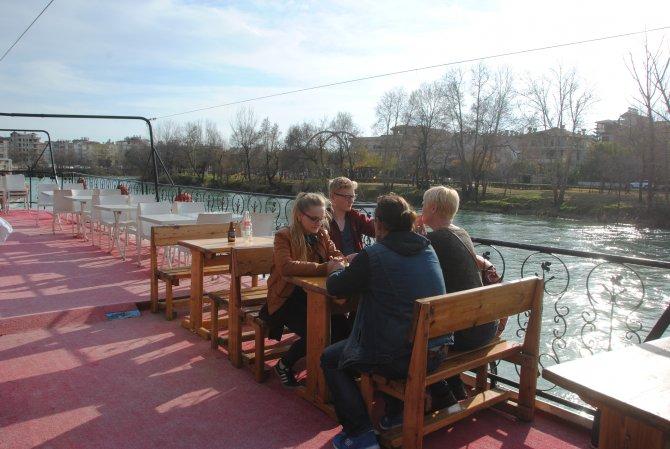 Rusya krizi ve Alman turist ölümleri bot ve tekne turlarını bitirdi
