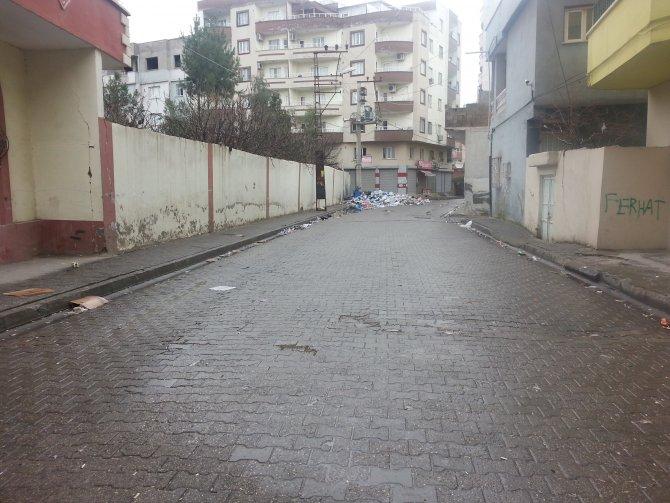 Cizre'de bütün market ve fırınlar kapatıldı