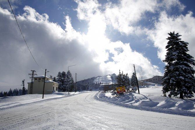 Uludağ'da kar kalınlığı 1,5 metreye ulaştı