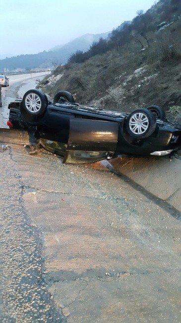 Gölbaşı'nda Otomobil Takla Attı