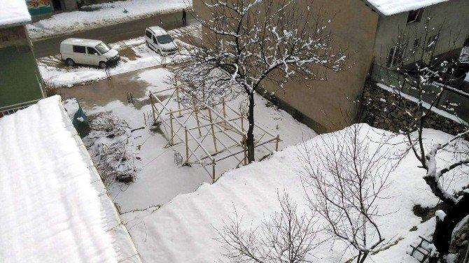 Çelikhan İlçesinde Kar Yağışı