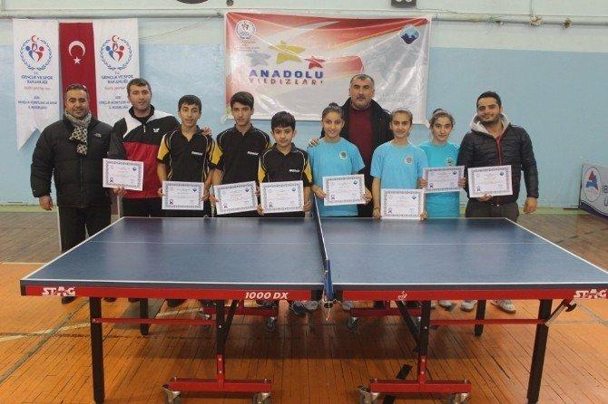 Ağrı'da Analig Masa Tenisi Çeyrek Final Müsabakaları